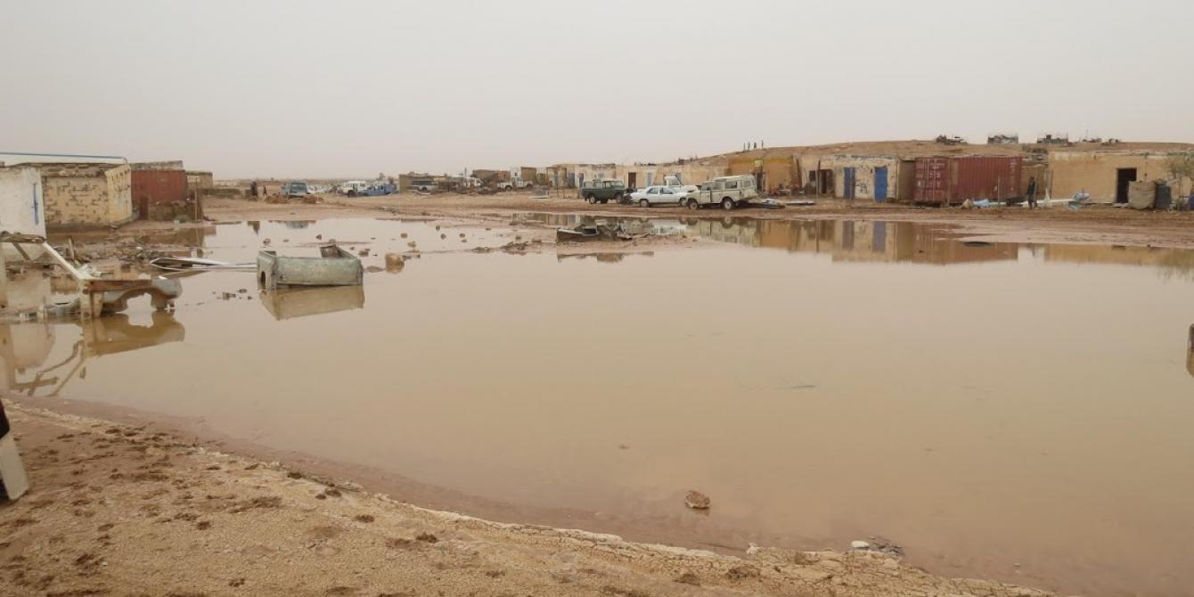 عاصفة قوية تضرب مخيم للاجئين في الجزائر