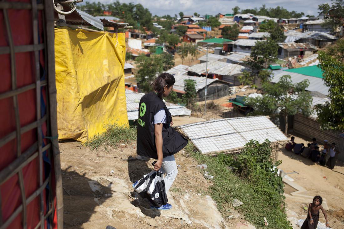 Oxfam in Asia - Bangladesh - Rohingya crisis - Humanitarian worker 4
