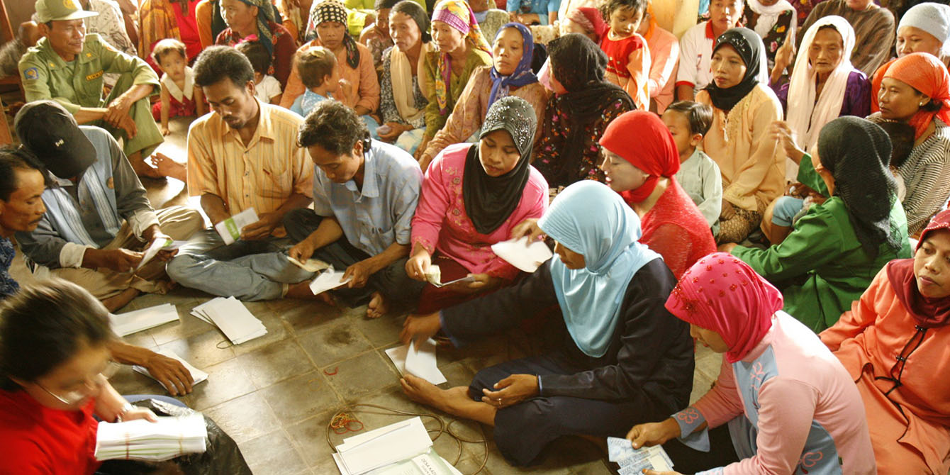 Oxfam in Asia - Indonesia - Rights in Crisis