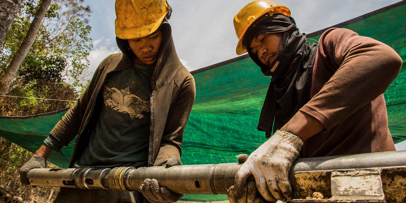 Oxfam in Asia - Mekong Extractive Industry Programme - Achieving Impacts at Scale