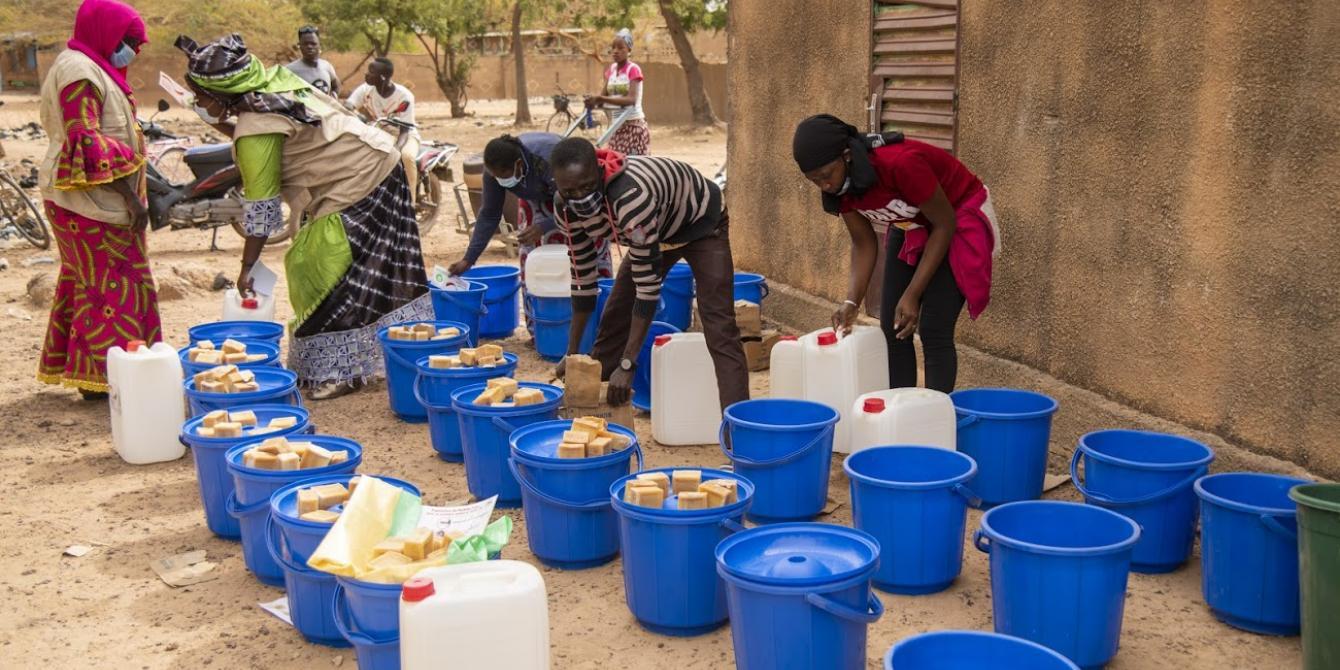 Distribution de matériel d'hygiène aux personnes déplacées internes à Kaya