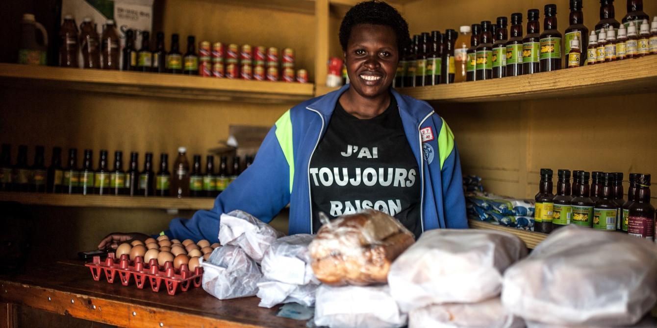 Francoise Mukeshimama (35) stands inside her mini market shop in Musanze District, Northern Rwanda. Aurelie Marrier d'Unienville / Oxfam