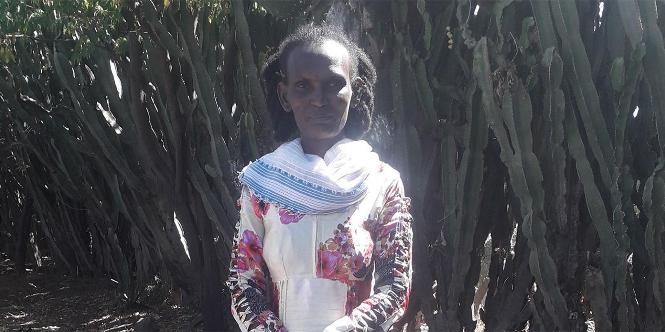 Bizunesh (left), photo by Serawit Atnafu/Oxfam.