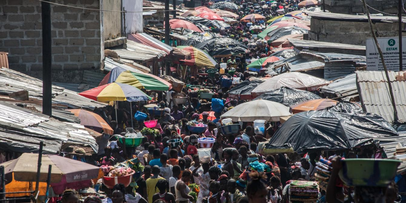 Vendors and traders along Sigida market in Kinshasa, DRC