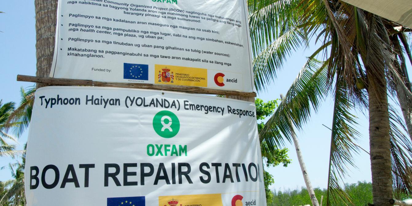 Oxfam boat repair station. (Photo: Caroline Gluck/Oxfam)