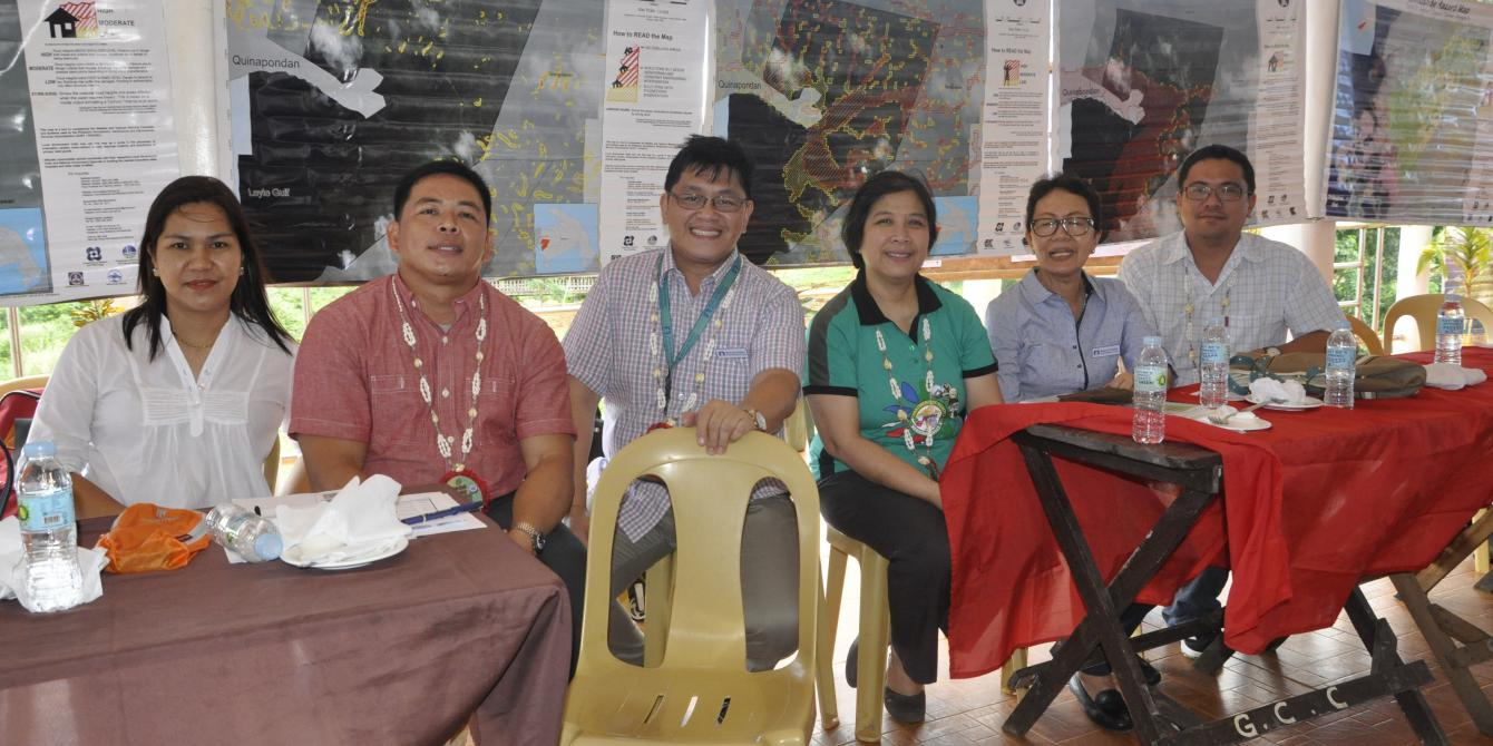 Joining the visit to the Training on Barangay Health Emergency Management Systems: (from left): Salcedo Vice Mayor Maricris Fabillar, Salcedo Mayor Melchor Mergal, Zuellig Family Foundation Vice President Ramon Derige, DOH-HEMB National Director Dr. Gloria Balboa, ZFF Project Coordinator Marilou Suplido, and Oxfam Program Manager Roy Soledad (Text and Photos: Joan Odena/Oxfam)