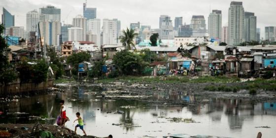 Tondo slum in Manila, Philippines, 2014. Photo: Dewald Brand, Miran for Oxfam