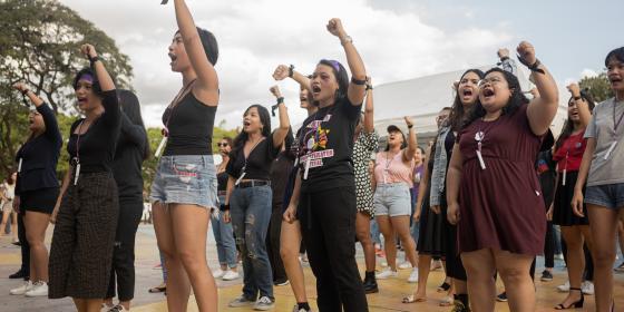 Flash mob during International Women's Day at Quezon Memorial Circle (Photo: Vina Salazar/Oxfam)