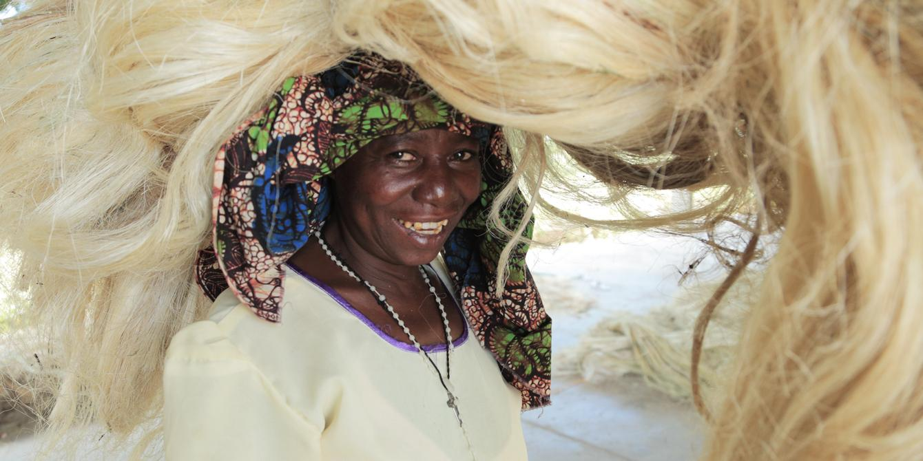 Suzanne is a sisal producer from Shinyanga region in Tanzania. Photo: Bill Marwa/Oxfam