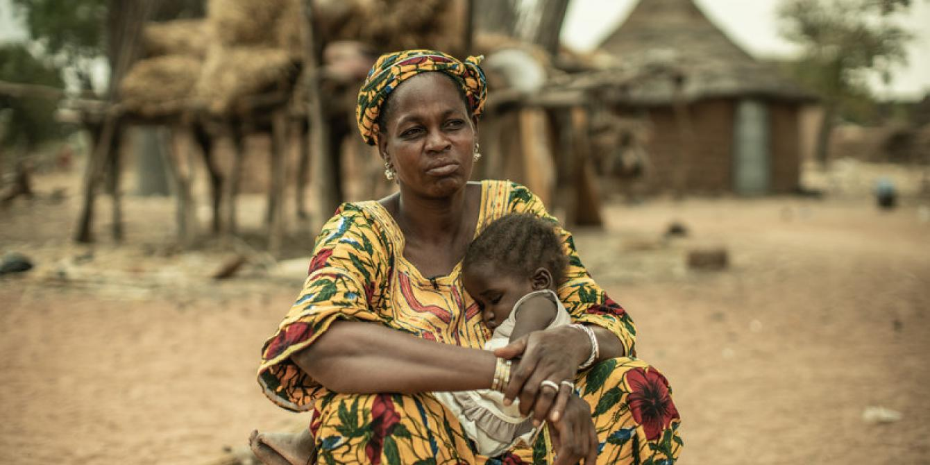 Fatoumata, a women herder in Burkina Faso, fights daily against the effects of climate change and imports of milk powder which reduce the demand for her local milk. Credit: Pablo Tosco / Oxfam